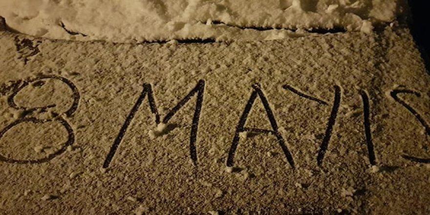 Konya'da 8 Mayıs sabahı kar sürprizi