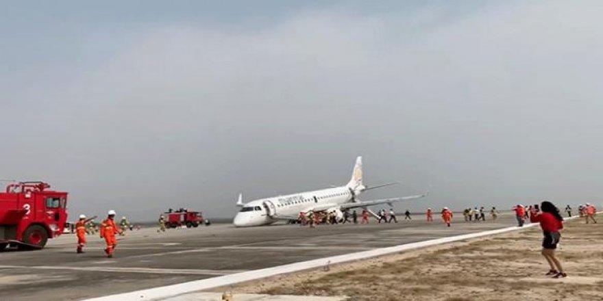Myanmar'da bir yolcu uçağı faciadan döndü