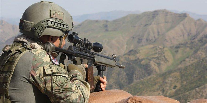 Hakkari'de bir askerimiz şehit