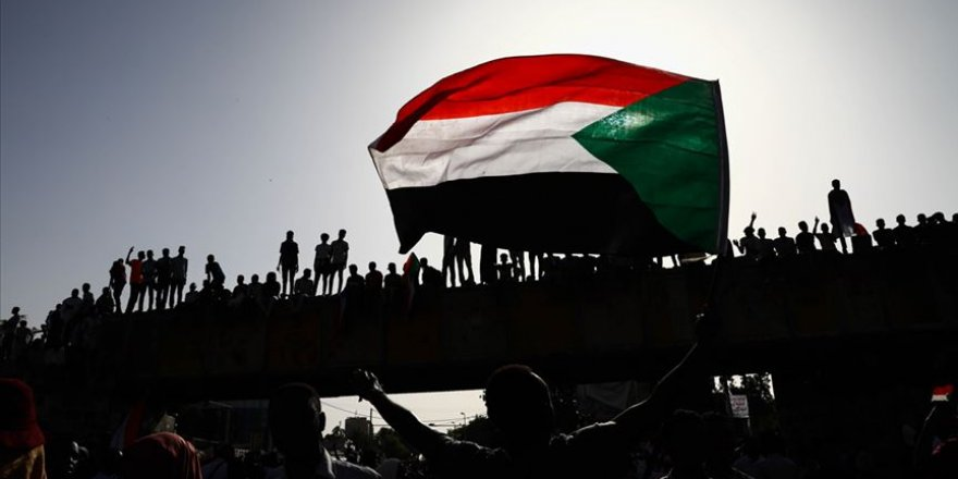 Sudan'da ateşkes ümidi azaldı