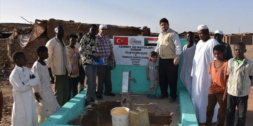 Türkiye'den Sudan'a 20 su kuyusu
