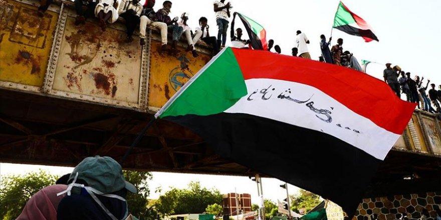 Sudan'da taraflar yeniden müzakere masasına oturuyor