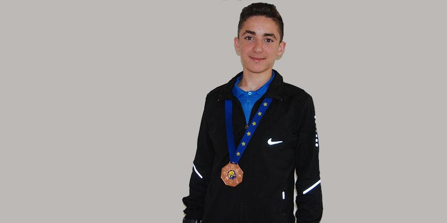 Said-i Nursi Anadolu İmam Hatip Lisesi öğrencisi Avrupa üçüncüsü oldu