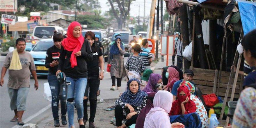 Endonezya'da göçmenler ramazanı zorlu şartlarda geçiriyor