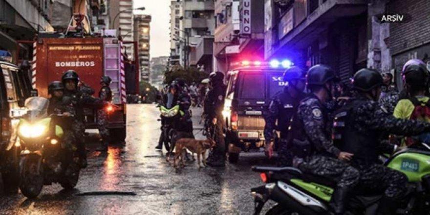 Venezuela'da 23 kişi çatışmada öldü