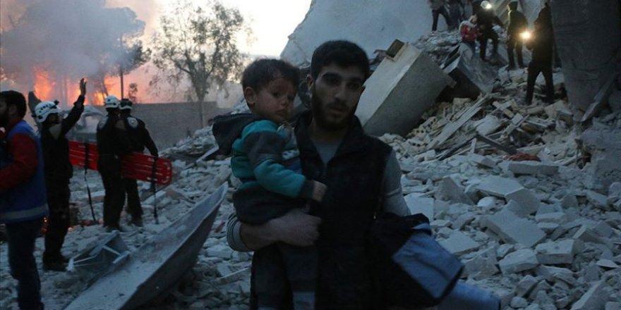 Esed rejimi İdlib'te sivillere 'beyaz fosfor'la saldırdı