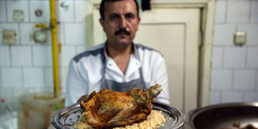 Kaburga dolması lezzetiyle iftar sofralarını da süslüyor