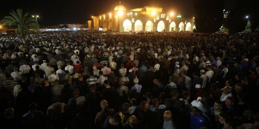 Aksa'da Kadir Gecesi yoğunluğu