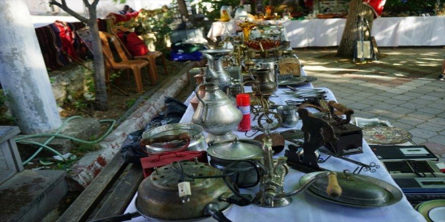 """Kazdağları'nın eteklerinde bayramlık """"antika pazarı"""""""