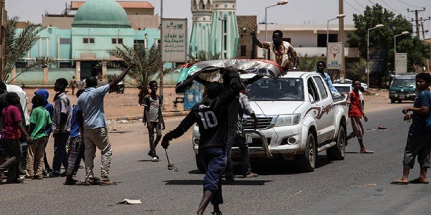 Sudan'da darbe karşıtı gösterilere müdahale: 60 ölü