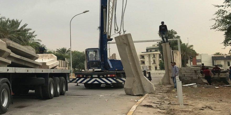 """Bağdat'taki """"Yeşil Bölge"""" yıllar sonra trafiğe açıldı"""