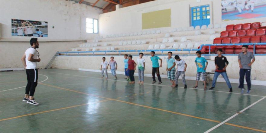 Suruçlu çocuklar sporla kötü alışkanlıklardan korunuyor