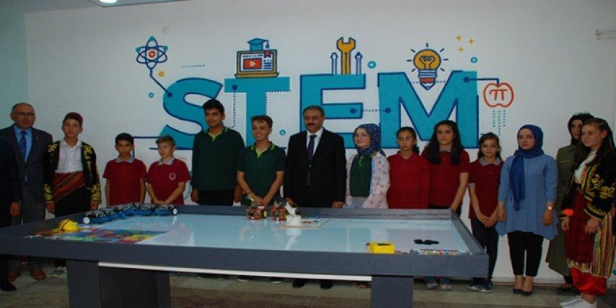 Karamanlı'da robotik kodlama atölyesi açıldı