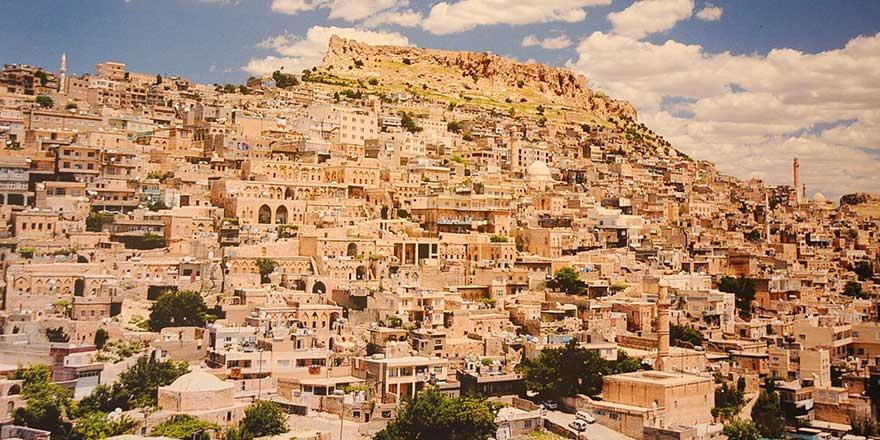 Mardin'deki ahlaksızlık kurultayı 'şimdilik' iptal edildi