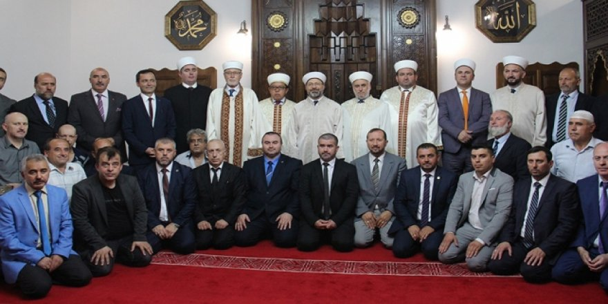 Restore edilen Balkanlar'ın en eski Türk camisi ibadete açıldı