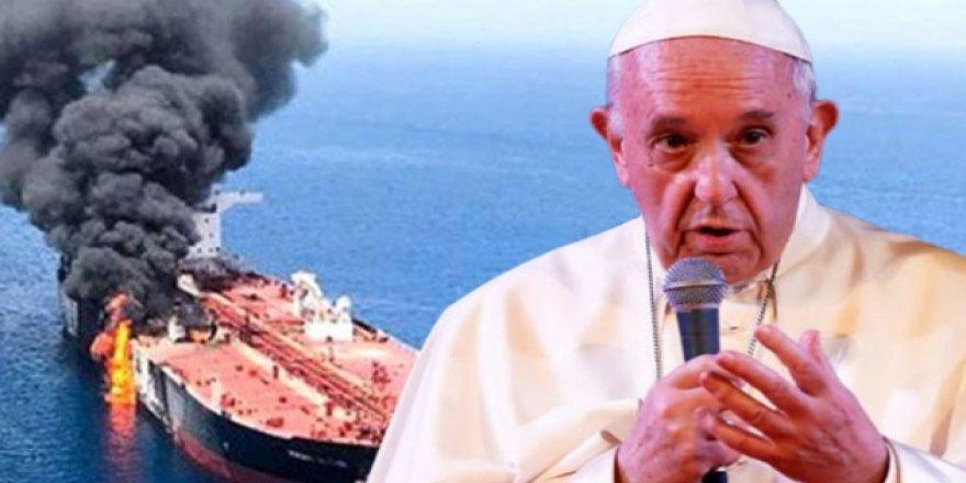 Umman krizine Papa da dahil oldu