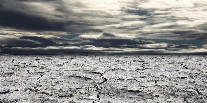 Küresel iklim değişikliği nedeniyle topraklar yok oluyor