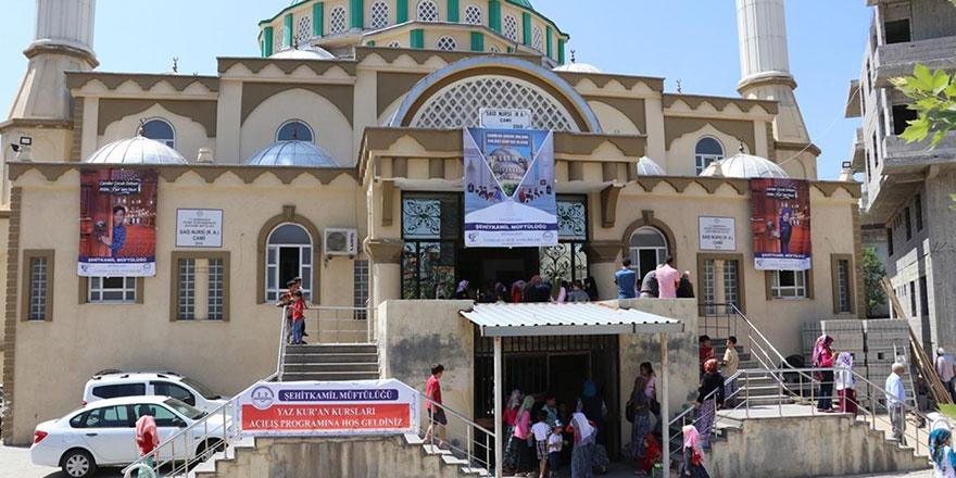 Yaz Kur'an kursları Said-i Nursi Camii'ndeki törenle başladı