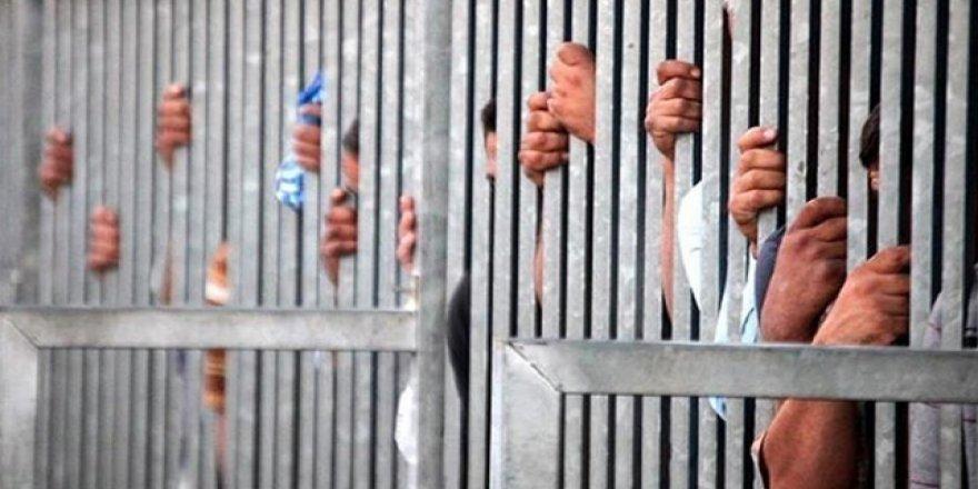 Sıcaklar nedeniyle mahkumlar ölüyor