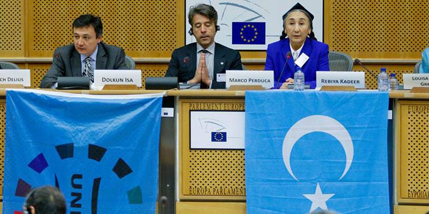 Japonya, Çin'in baskılarına rağmen Uygurlu Rabia Kadir'e vize verdi