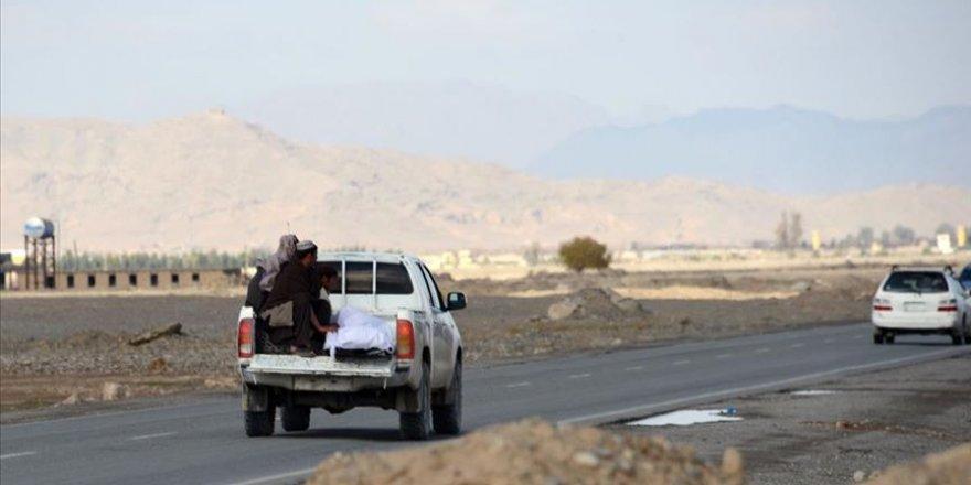 Taliban yine Afganistan'ı kana buladı