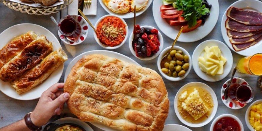 Türkiye'de yılda 26 milyon ton gıda israf ediliyor