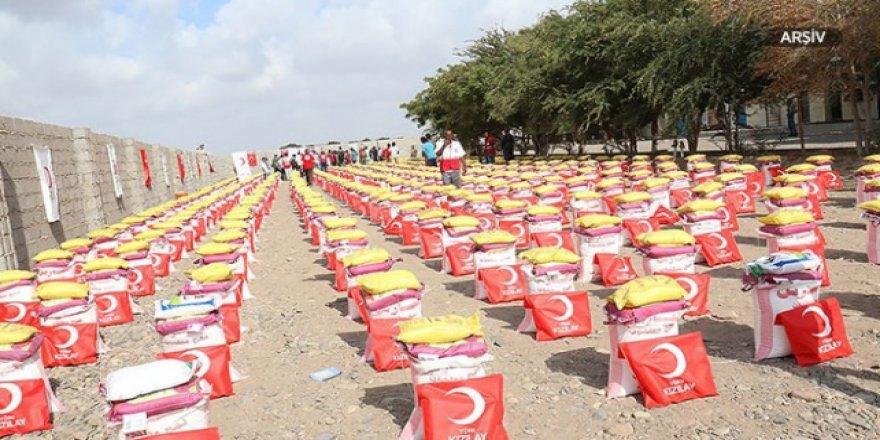 Türk Kızılay'dan Yemen'deki iç göçmenlere gıda yardımı
