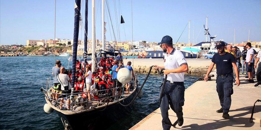 Düzensiz göçmenleri kurtaran STK'lere İtalya ve Malta engeli