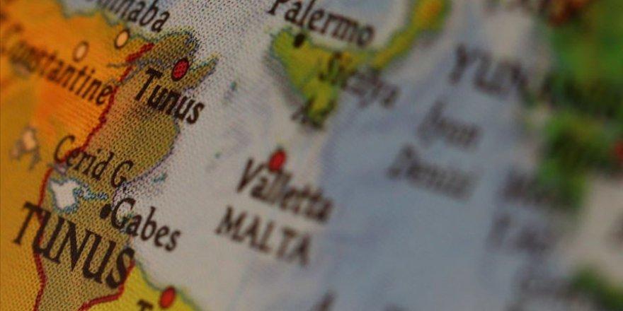 Malta aldığı göçmenleri dağıtacak