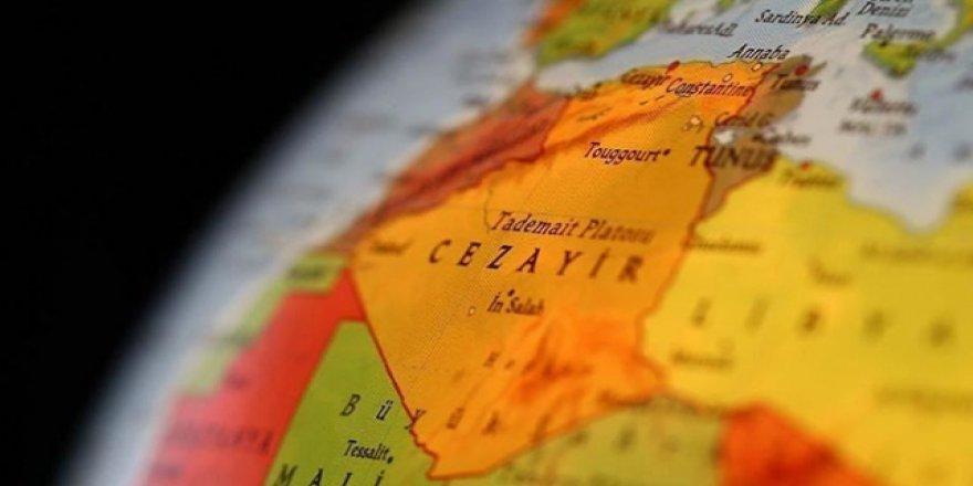 Cezayir'de muhalefet diyalog için şartlarını açıkladı