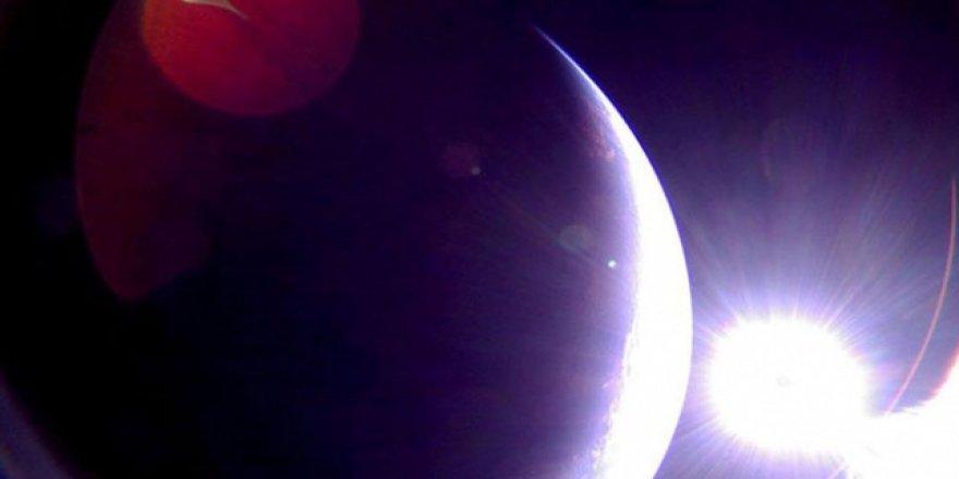 """""""LightSail 2"""" dünyaya çektiği ilk fotoğrafları gönderdi"""