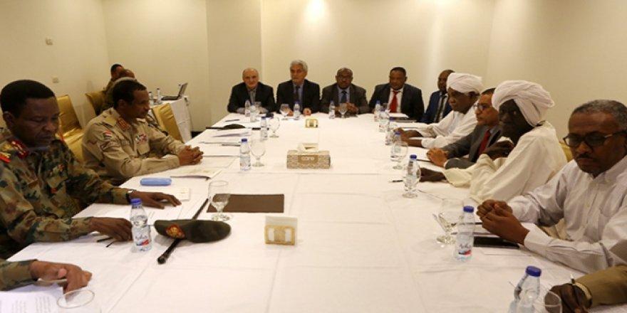 Sudan'da nihai anlaşma toplantısı bir kez daha ertelendi