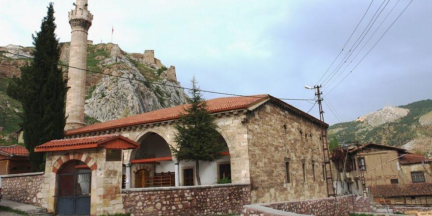 Fatih Sultan Mehmet'in namaz kıldığı Ulu Cami