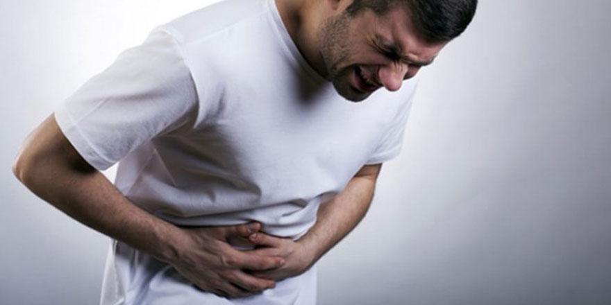 Kalp krizinin habercisi karın ağrısı olabilir