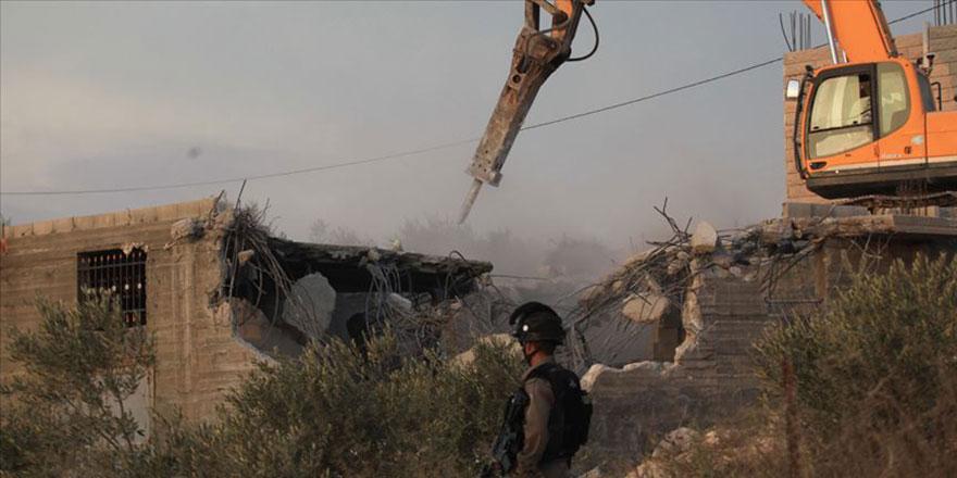 Filistinli Müslümanların evleri yıkılmaya devam ediliyor