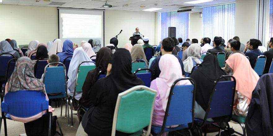 Malezya Uluslararası İslam Üniversitesi'nin gündemi Risale-i Nur oldu