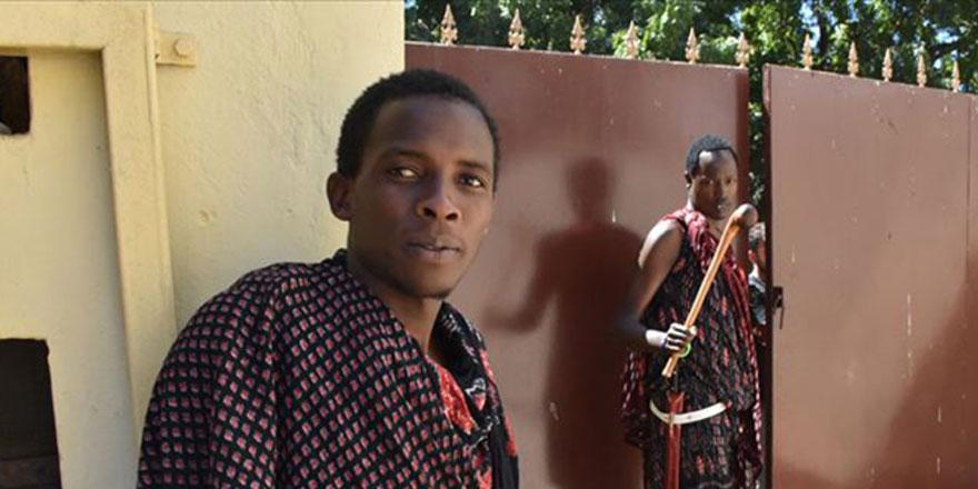Masai kabilesinden iki genç Müslüman oldu