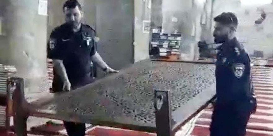 İşgalci İsrail askerleri Mescid-i Aksa'daki eşyaları çaldı