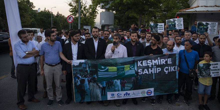 Hindistan'a Ankara'da Keşmir protestosu