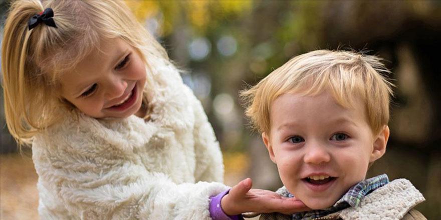 Ablası olan kardeşlerin dil becerisi daha iyi