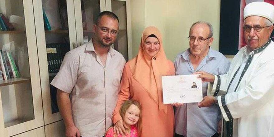 Fransız Sandrine Müslümanlığı seçti