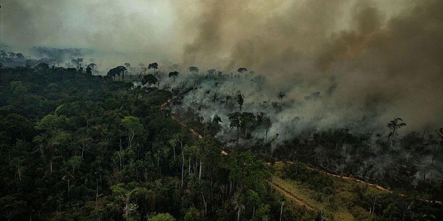 Brezilya Devlet Başkanı geldi dünyanın akciğerleri Amazonlar yanmaya başladı