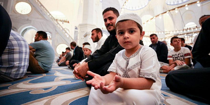 'Çocuklarımıza bırakacağımız en büyük miras Allah sevgisidir'