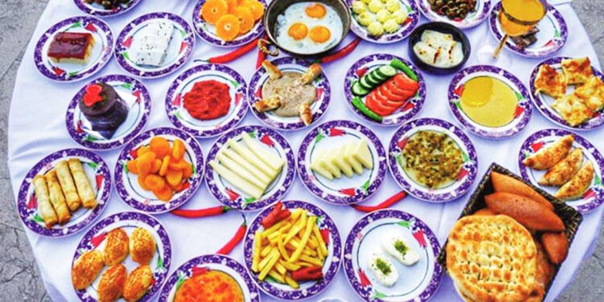 Uzmanından Ramazan Bayramı uyarısı: 'İlk gün hafif bir kahvaltı öneriyoruz'