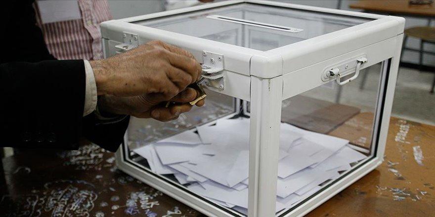 Cezayir'de cumhurbaşkanı seçimleri 12 Aralık'ta yapılacak