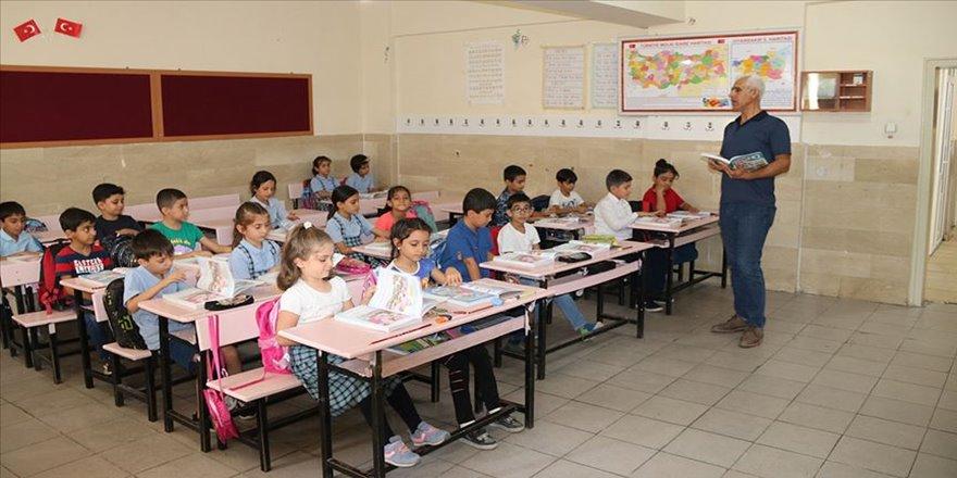 Belediyenin desteği öğrencileri modern bir okula kavuşturdu