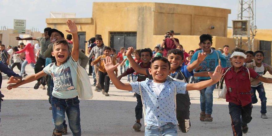 Savaş mağduru çocuklar gönüllerince eğlendi