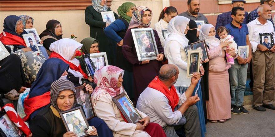 Kulp'taki şehit annelerinden Diyarbakır annelerine destek