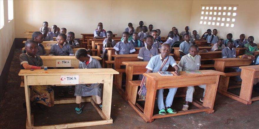 TİKA'dan Kamerun'da eğitime destek