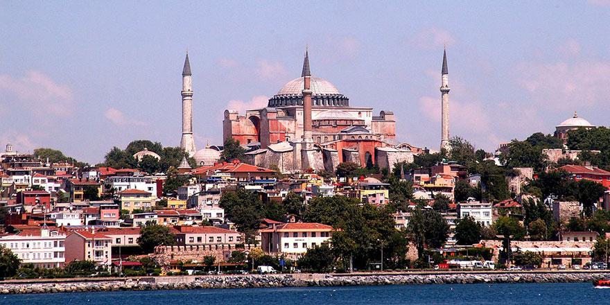 Bir İstanbul manzarası görün ki içinde Ayasofya olmasın